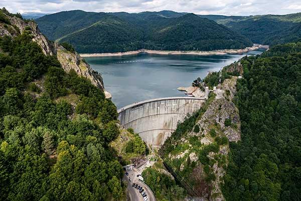 Renewable Energy Alternative energy - dam energy image